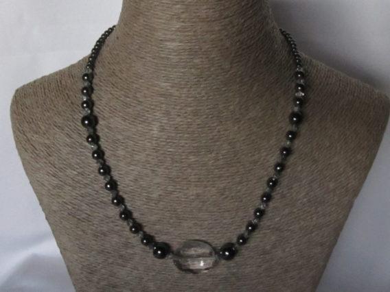 styles de mode profiter de prix pas cher premier coup d'oeil Collier de perles d'Hématite
