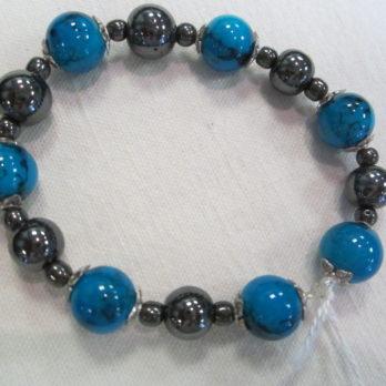 Bracelet en Perles d'Hématite et perles bleues